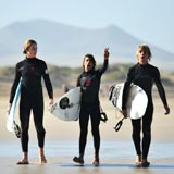 Louis Josek, Lukas Kreis und Philipp Mappes-ISA World Junior Surfing Games.  Foto: DWV