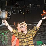 Jossi Wells gewinnt den Dew Cup.  Foto: Shay Williams