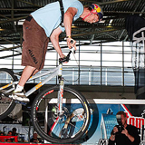 Thomas �hler Bike Expo Indoor Trial.  Foto: Jan Miethke