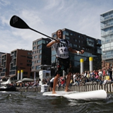 Finale des Jever SUP World Cups 2010 in Hamburg.  Foto: Veranstalter