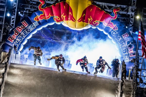 Red Bull Crashed Ice Saint Paul 2014. Foto: ANDREAS LANGREITER/Red Bull Content Pool