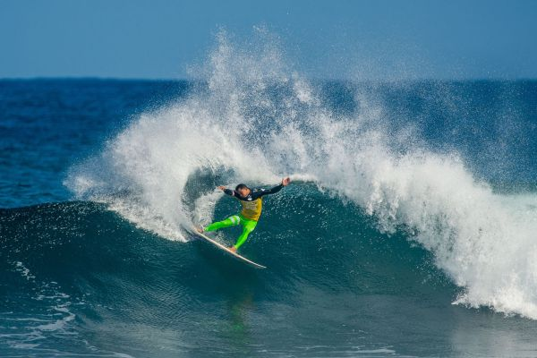 Michel Bourez rockt beim Drug Aware Margaret River Pro 2014. Foto: Trevor Moran/Red Bull Content Pool